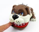 BULLY beim Zahnarzt (Braun) - Aufregendes interaktives Spiel